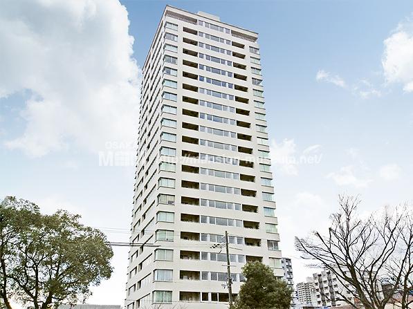 大阪イーストガーデンズタワー(外観)